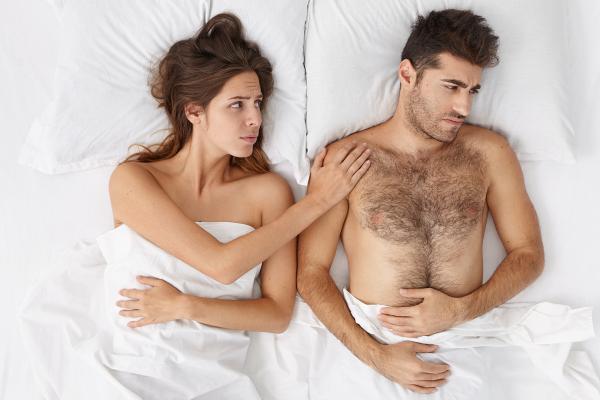 เทคนิคแก้ปัญหา เมื่อคุณผู้ชายอวัยวะเพศเริ่มไม่แข็งตัว